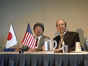 (左)本学会宮澤陽夫会長、(右)ASN会長のJensen教授